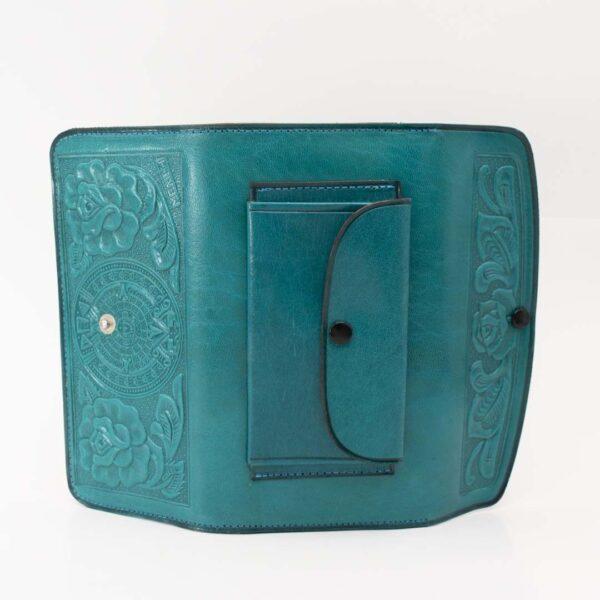 handmade-hand-tooled-mexican-women-wallets-kangaroo-004