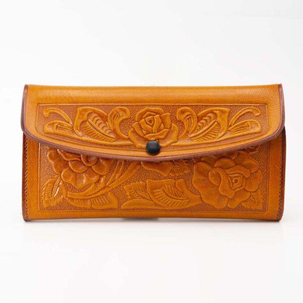 handmade-hand-tooled-mexican-women-wallets-kangaroo-025