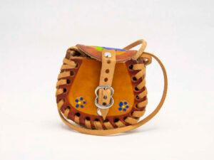 handmade-mexican-artisanal-hand-tooled-leather-girls-handbag-023