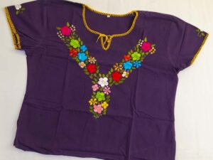 traditional-embroidered-mexican-blouse-030