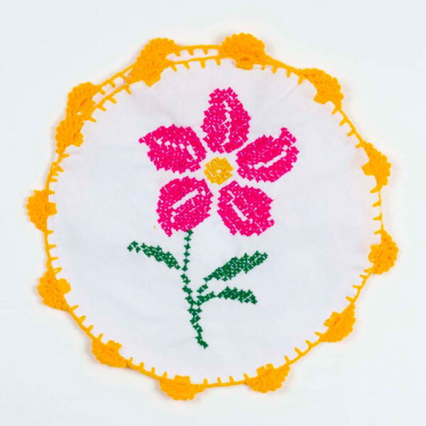 hand-embroidered-tortilla-warmers-015
