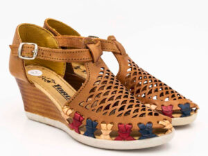 amantli-handmade-mexican-huarache-sandal-shoe-medium-sole-itzel-brown-pair-view-069