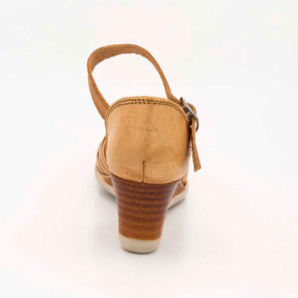 amantli-handmade-mexican-huarache-sandal-shoe-medium-sole-maria-natural-heel-view-041