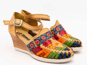 amantli-handmade-mexican-sandal-shoe-medium-sole-lupe-honey-pair-view-033