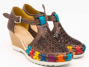 amantli-handmade-mexican-sandal-shoe-medium-sole-matilde-brown-pair-view-027