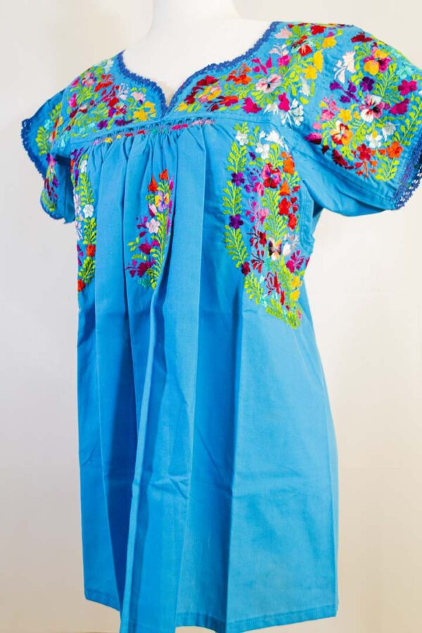 Handmade Traditional Mexican Blue Blouse with Hand-embroidered flowers detail-001