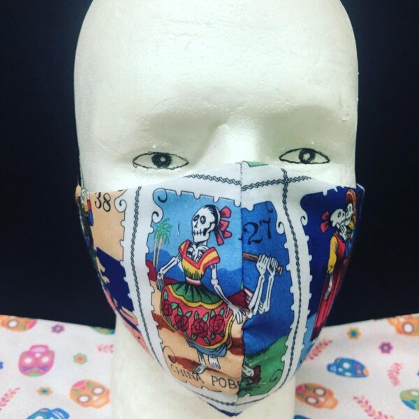 Maniqui with handmade Mexican Face Mask-04
