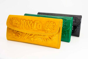 handmade-mexican-leather-women-wallets