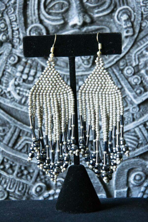 handmade-mexican-arte-huichol-earrings-17
