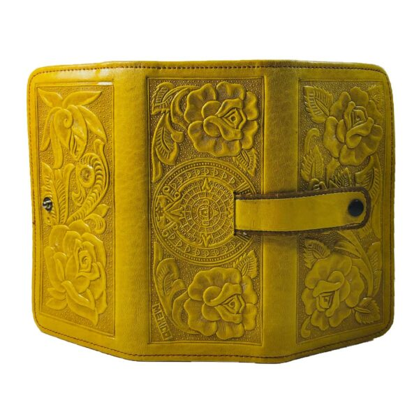 amantli-beautiful-handmade-hand-tooled-mexican-women-wallets-clutches-06