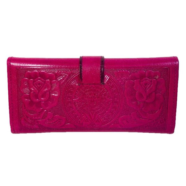 amantli-beautiful-handmade-hand-tooled-mexican-women-wallets-clutches-09