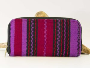 amantli-beautiful-handmade-handwoven-mexican-leather-textile-makeup-cosmetics-bags-cases-01