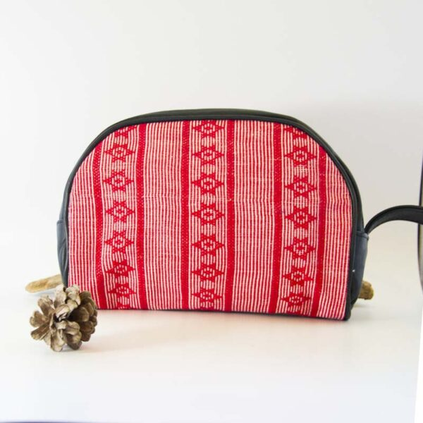 amantli-beautiful-handmade-handwovenmexican-leather-textile-cosmetics-makeup-bags-cases-01