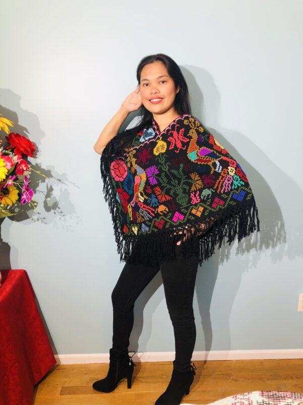 handmade-mexican-embroidered-stitched-poncho-917