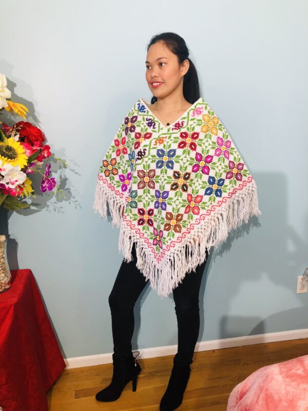 handmade-mexican-embroidered-stitched-poncho-918